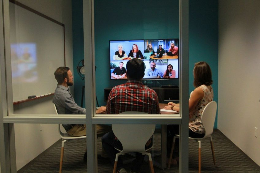 Eight do's & dont's of video conferencing?